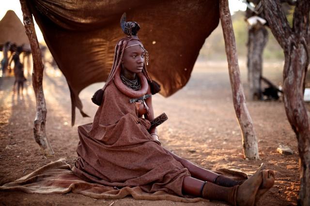 Himba-women-namibia-alegra-ally-12.jpg